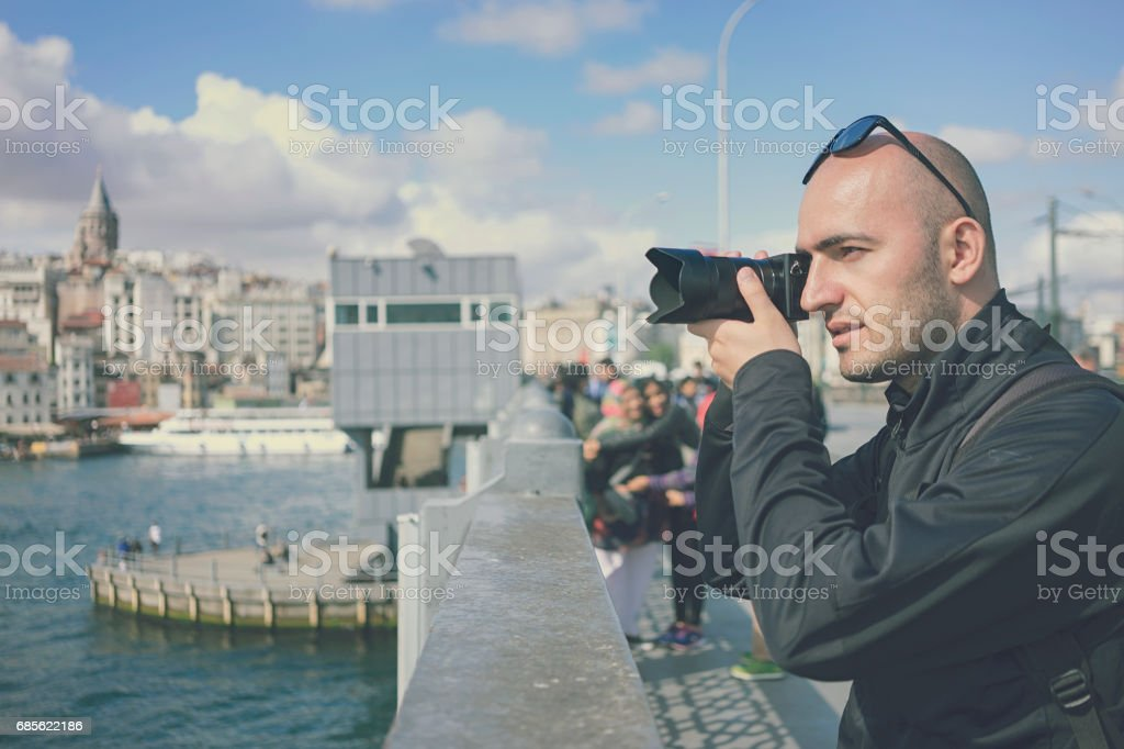 Photographer taking photos in Istanbul, Turkey royalty-free 스톡 사진