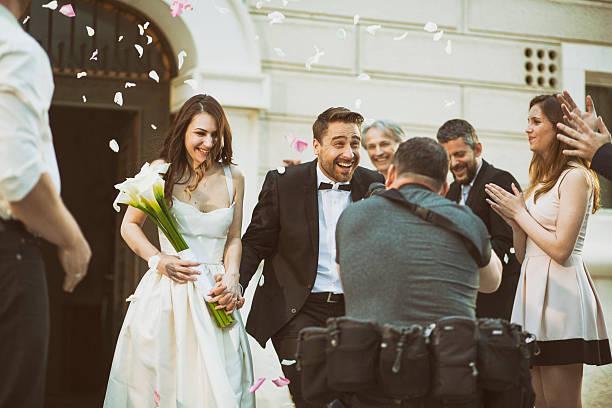 Photographer taking picture of newlywed couple picture id588266922?b=1&k=6&m=588266922&s=612x612&w=0&h=hzewvw okc2im8bxalxsjuihu5zrzxipoh 3g3 2fdg=