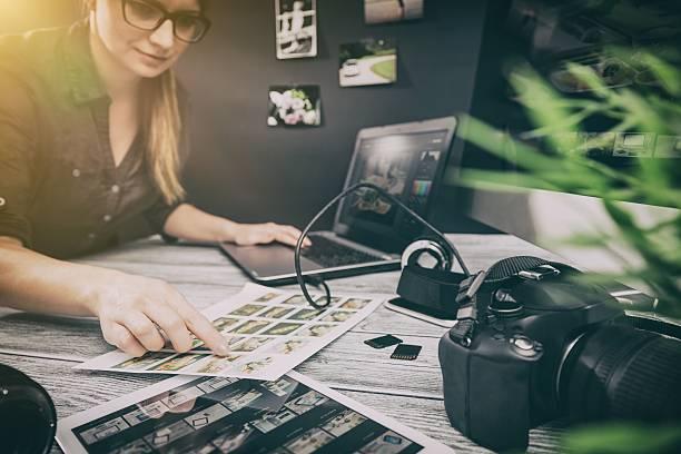 Photographers computer with photo edit programs picture id627080844?b=1&k=6&m=627080844&s=612x612&w=0&h=mcgr2i5hsft xojeq8 du78ckdq2mbzyp2jahu 29va=