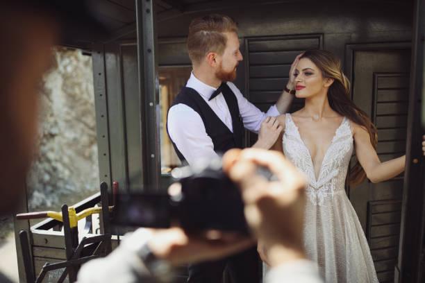 Photographing wedding couple picture id963150042?b=1&k=6&m=963150042&s=612x612&w=0&h=c6apjqifrtccq01 c4xobyrlhifyem38mur7ukliye8=