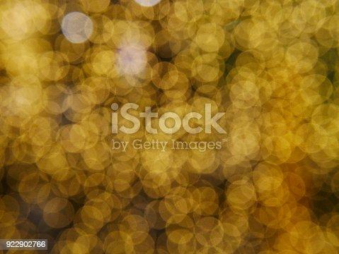 621116812 istock photo Photos  Yellow Defocused Light Background For Christmas 922902766