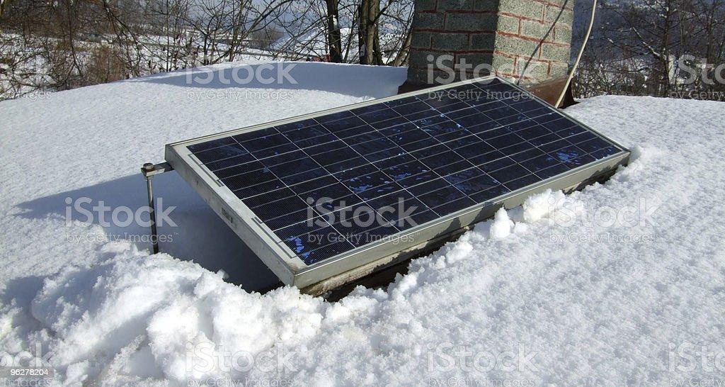 Photovoltaic no inverno - Foto de stock de Energia Alternativa royalty-free