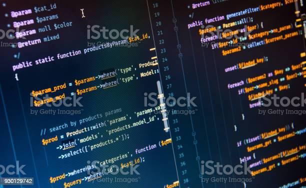 Código Php Sobre Fondo Azul En El Editor De Código Foto de stock y más banco de imágenes de Azul