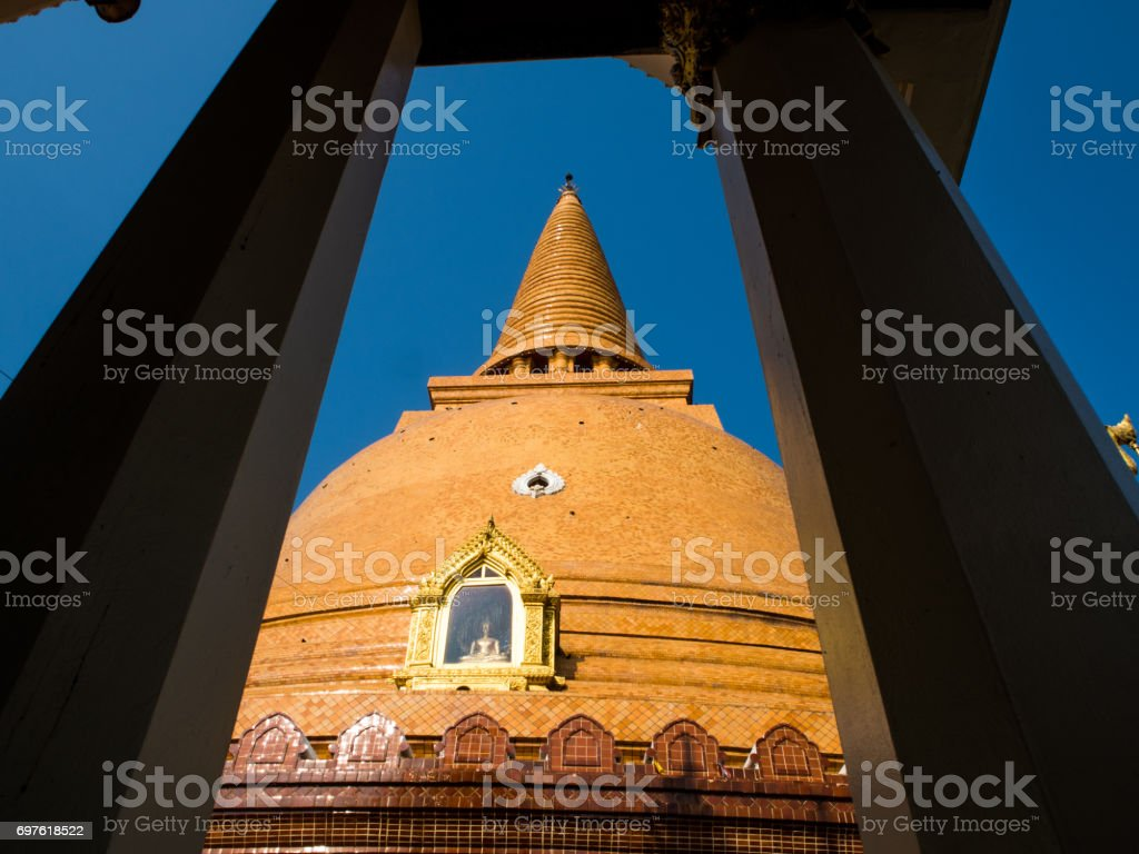 Phra Pathom Chedi the larggest bugghist chedi in the world, Thailand stock photo