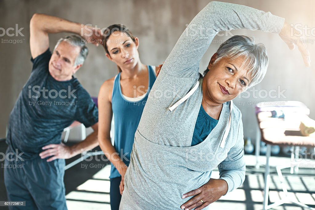 Physical therapy is great for improving overall flexibility – Foto