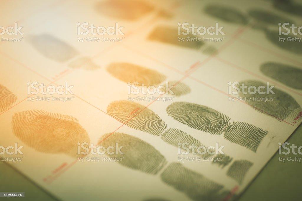 physiologische Biometrie-Konzept für Vorstrafen per Fingerabdruck in filmischen Ton – Foto