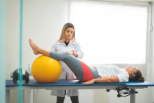 Healthcare And Medicine, Horizontal, Human Bone, Human Spine, Indoors