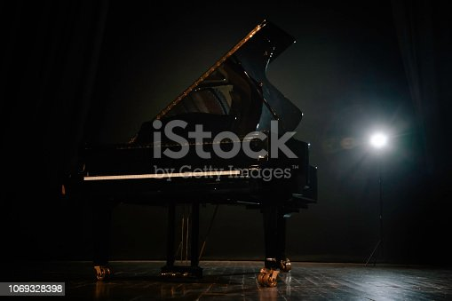 Piano, Grand Piano, Stage Theater, Theatrical Performance, Classical Concert
