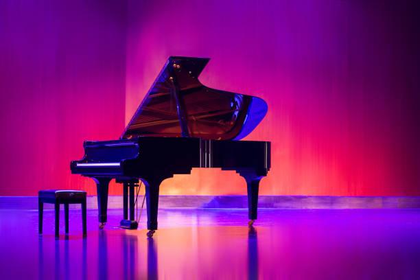 piano - piano photos et images de collection