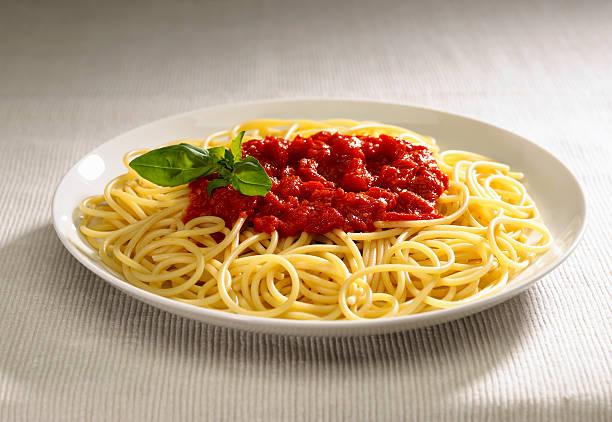 piatto di spaghetti stock photo