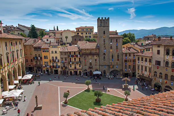 Piazza Grande in Arezzo View of the Piazza Grande in Arezzo. umbria stock pictures, royalty-free photos & images