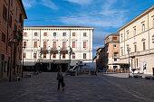 リエティ市の中心部にあるサンルフォ教会 - イタリアのストックフォト ...