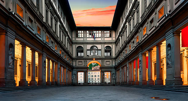 Piazzale degli Uffizi (Uffizien) – Foto