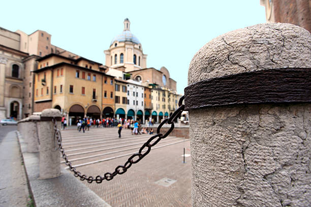 PIAZZE Delle Erbe, Mantua – Foto