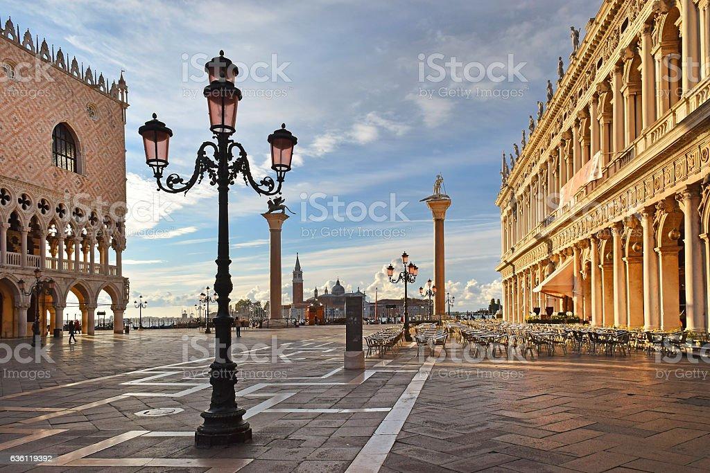 Piazzetta San Marco In Venice Italy - Stock Foto e Imagen de Stock ...