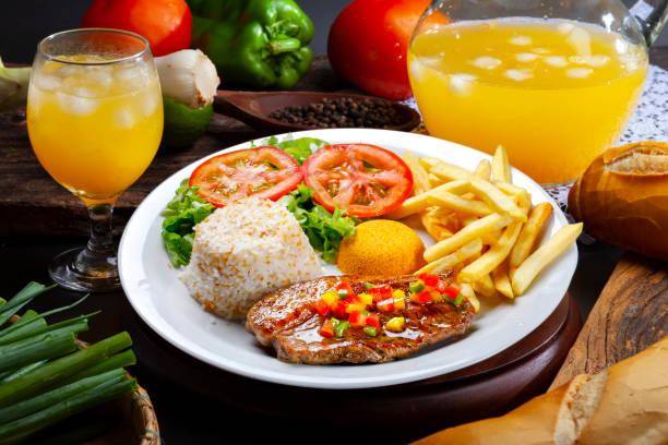 picanha patata con arroz - arroz comida básica fotografías e imágenes de stock