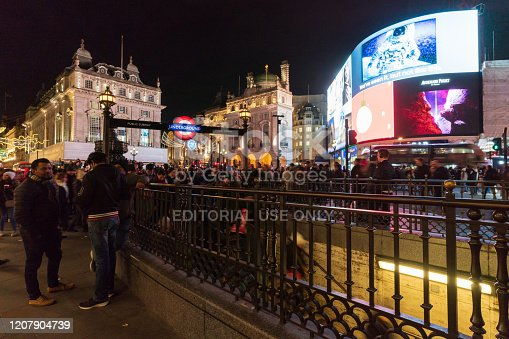 525568423 istock photo Piccadilly Circus at night 1207904739