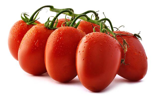 piccadilly tomatoes close-up - körsbärstomat bildbanksfoton och bilder