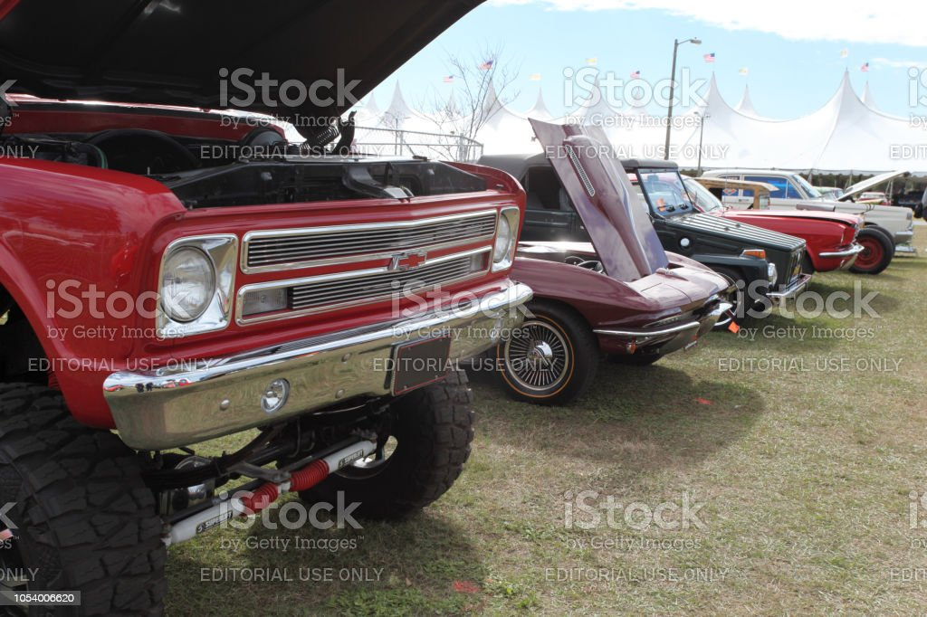 Pickup Truck And Classic Cars At Florida Car Show Usa Stock