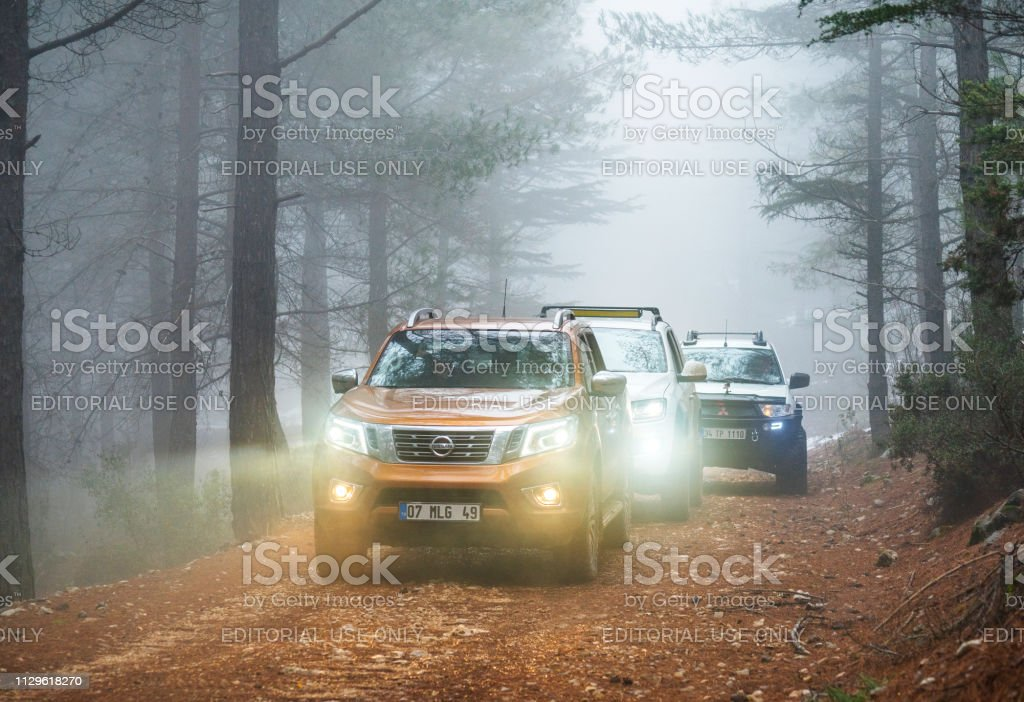 Pickup Trucks Nissan Navara, Volkswagen Amarok and Mitsubishi L200...
