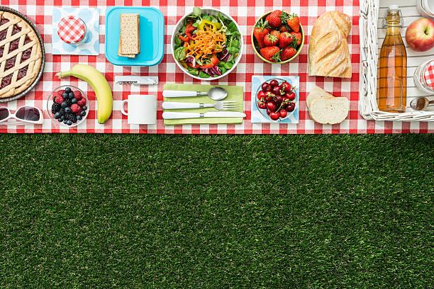 picnic banner - sprüche über reisen stock-fotos und bilder