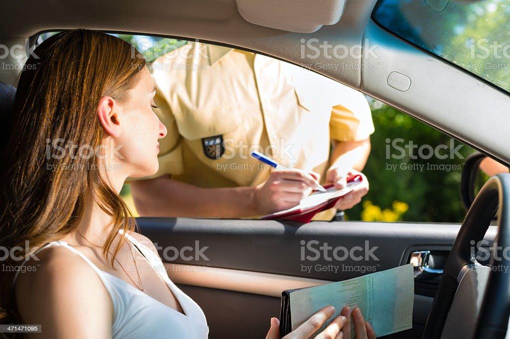 Policía mujer o agente de policía foto de stock libre de derechos