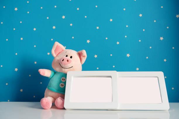 Picture frame and piggy toy in baby room picture id1089986934?b=1&k=6&m=1089986934&s=612x612&w=0&h=zwiyrgnmituxjjzqoxslfqunw pfxrixfjvxzgtfuri=