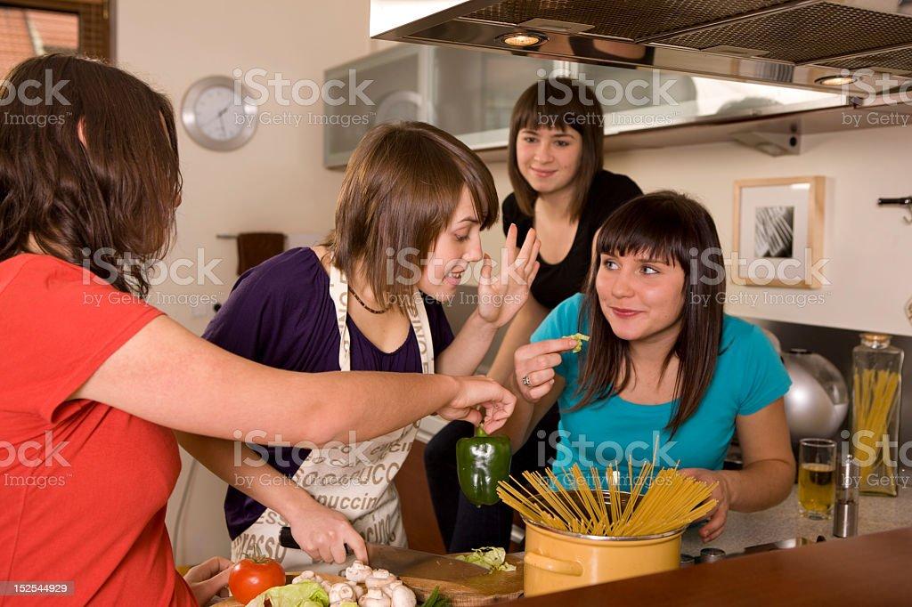 Kochen zusammen – Foto