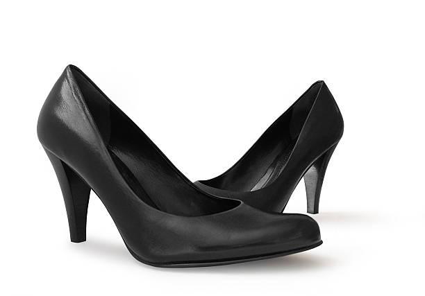 high heels pumps, schwarzes leder - schwarze hohe schuhe stock-fotos und bilder