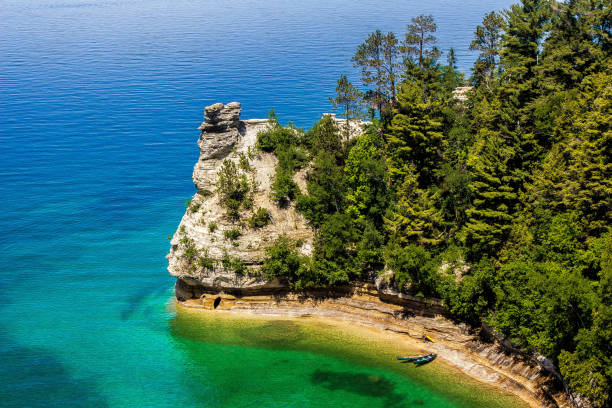 pictured rocks national lakeshore - mackinac island stock photos and pictures