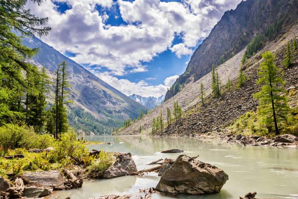 picturesque landscape mountain altai russia - państwowy rezerwat przyrody altay zdjęcia i obrazy z banku zdjęć