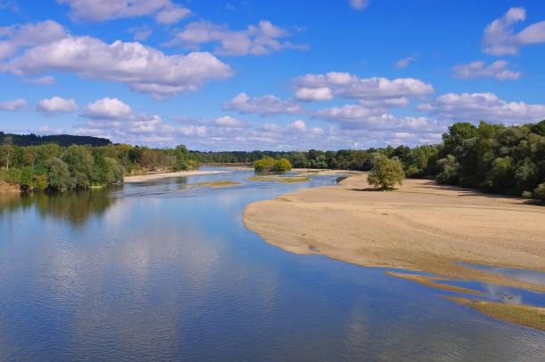 picturesque river Loire ,Central  France – Foto