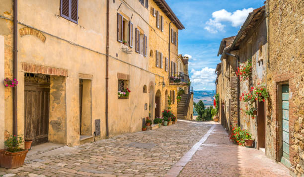 Picturesque sight in Pienza, Province of Siena, Tuscany, Italy. Picturesque sight in Pienza, Province of Siena, Tuscany, Italy. pienza stock pictures, royalty-free photos & images