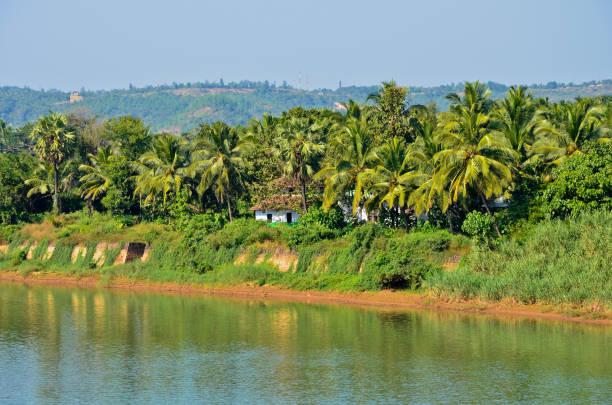 Malerische Aussicht auf Phalguni Fluss – Foto