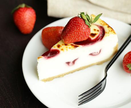Stück Kuchen Käsekuchen Stockfoto und mehr Bilder von Beere - Obst