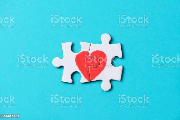 Pieces of a puzzle forming a heart picture id909654874?b=1&k=6&m=909654874&s=612x612&h=bnsgirrtkau5fpitoq5xs5vsulukijdf6idtvbkqina=