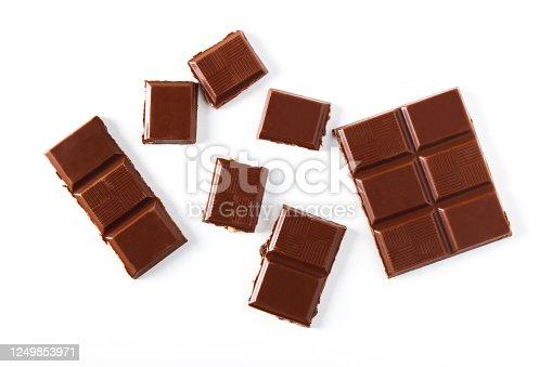 istock Pieces of chocolate 1249853971