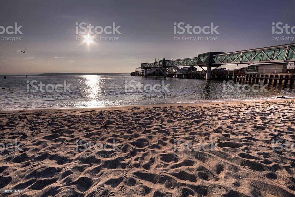 Pier, Ferry, et à la plage - Photo
