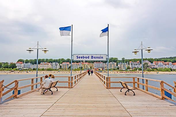 seebrücke bansin, usedom - usedom stock-fotos und bilder