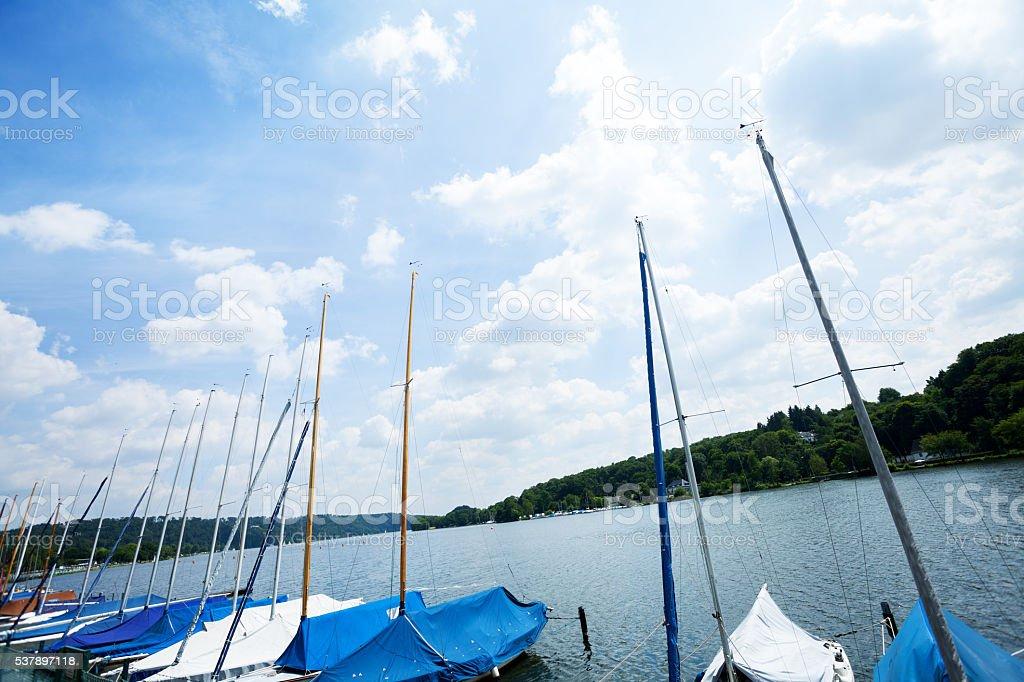 Pier Segelboote am See-Baldeneysee – Foto