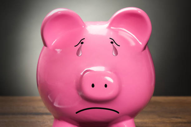 Piggybank With Calculator Pink Piggybank With Calculator On Wooden Table 40 kilometre stock pictures, royalty-free photos & images