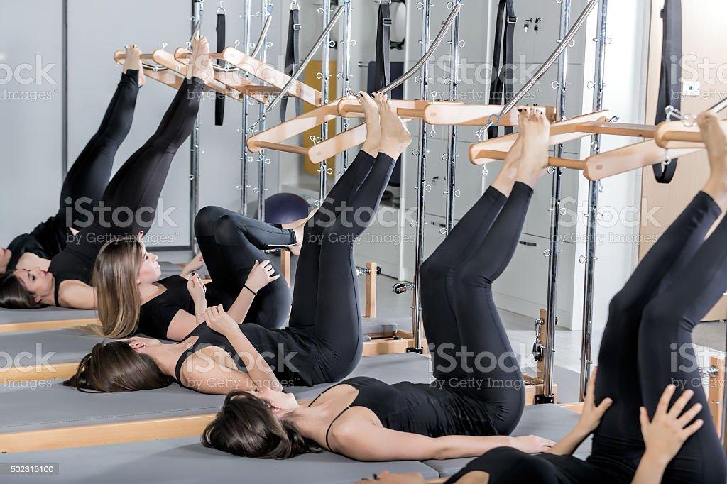 Clase de Pilates - foto de stock