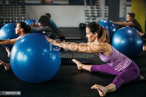 1195045259istockphoto Pilates 1195045108