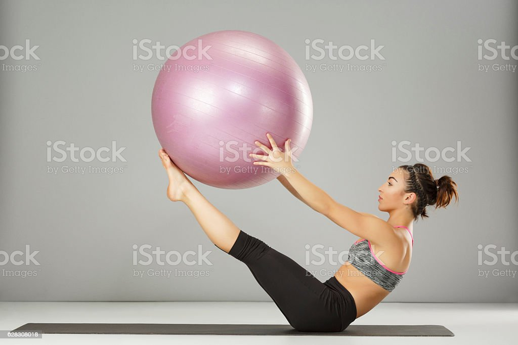 Pilates stretching  training   Woman practicing on a fitness ball – Foto