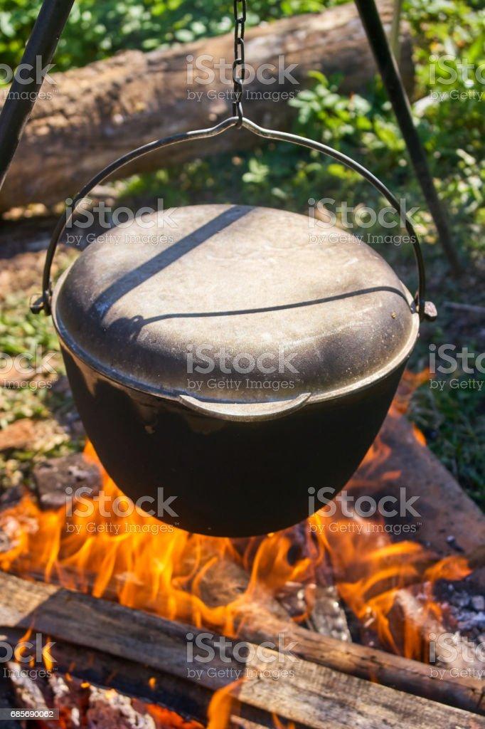 在著火的大鍋 pilau 免版稅 stock photo