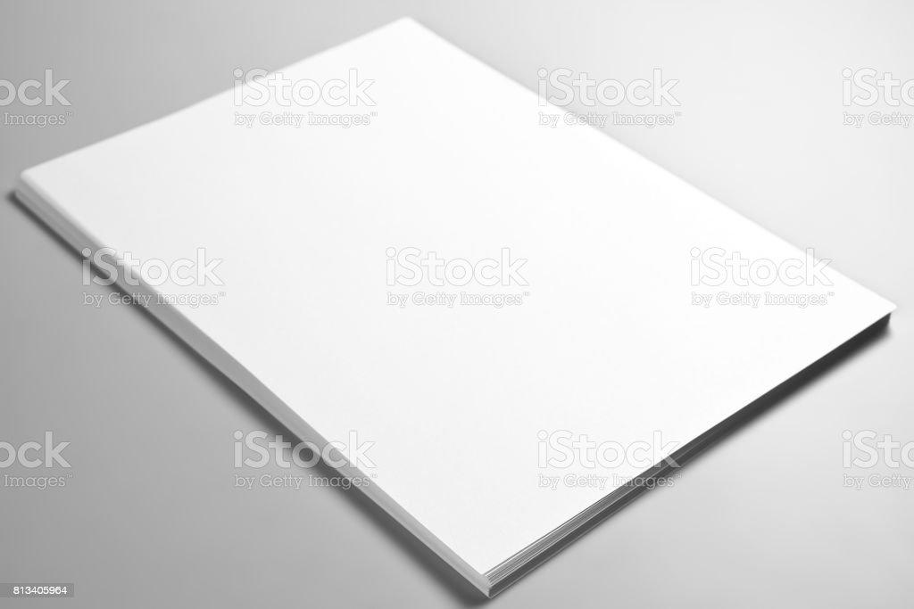 Pile de feuilles vierges du papier ou du papier à en-tête - Photo