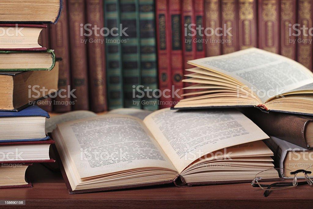 Haufen Bücher – Foto