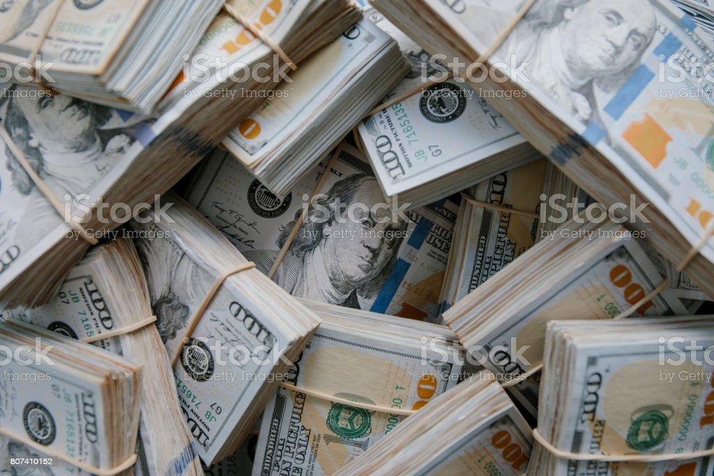Montón de dinero - foto de stock
