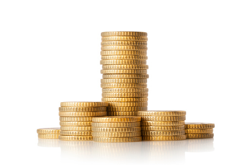 白色背景上的金幣堆 照片檔及更多 5毫歐羅 照片