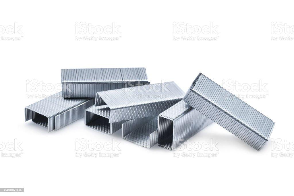 pile of metal staples isolated on white background - fotografia de stock